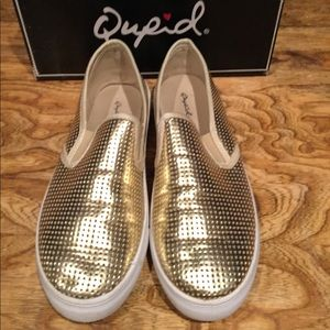 Qupid gold shoes
